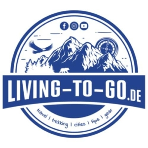 livingtogo-fan-shop-logo-blau-maenner-premium-t-shirt